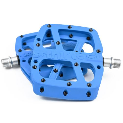E-13 pedály Base Flat Pedal | Composite Body | 22 Pins | Blue